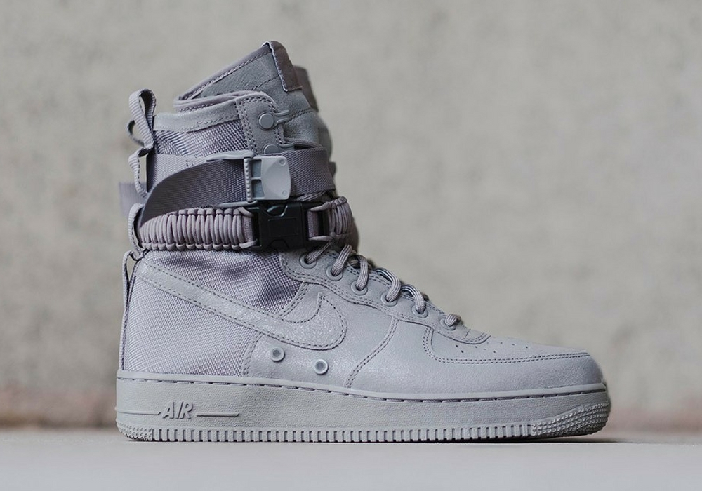 Nike Air Force 1 Special Field Triple Grey