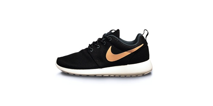 Nike Rosherun Black and Dark Armory Blue