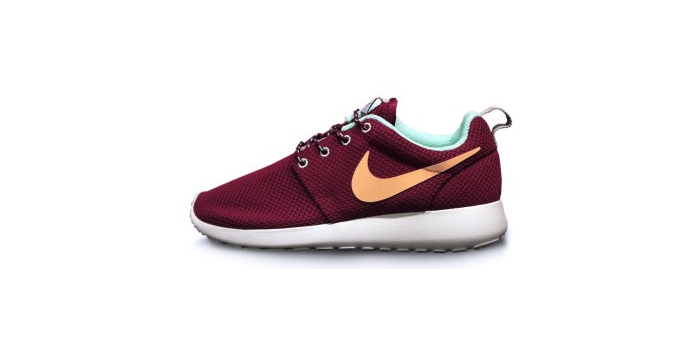 Nike Rosherun Rasperry Red and Purple Dynasty
