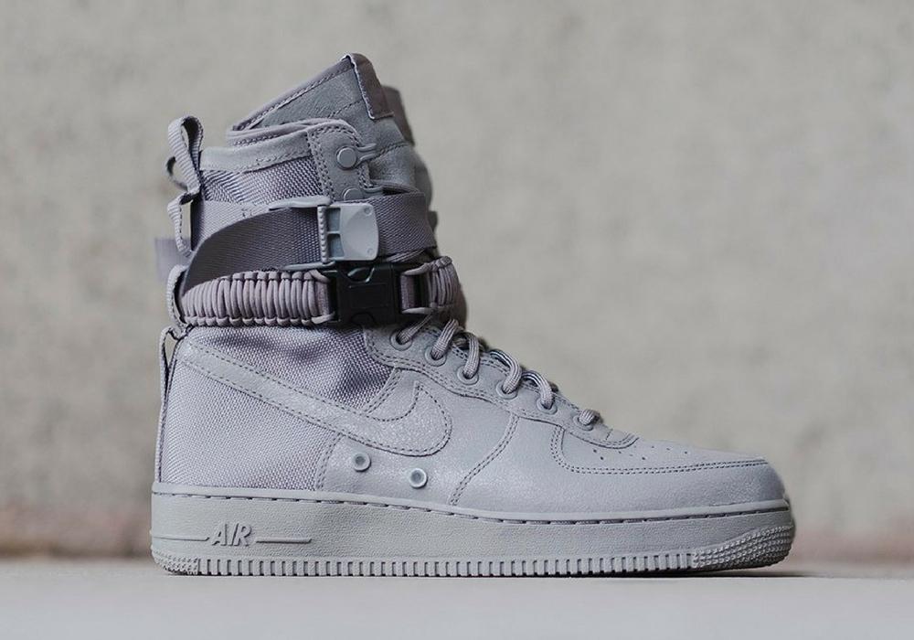 Nike Air Force 1 Special Field Triple Grey