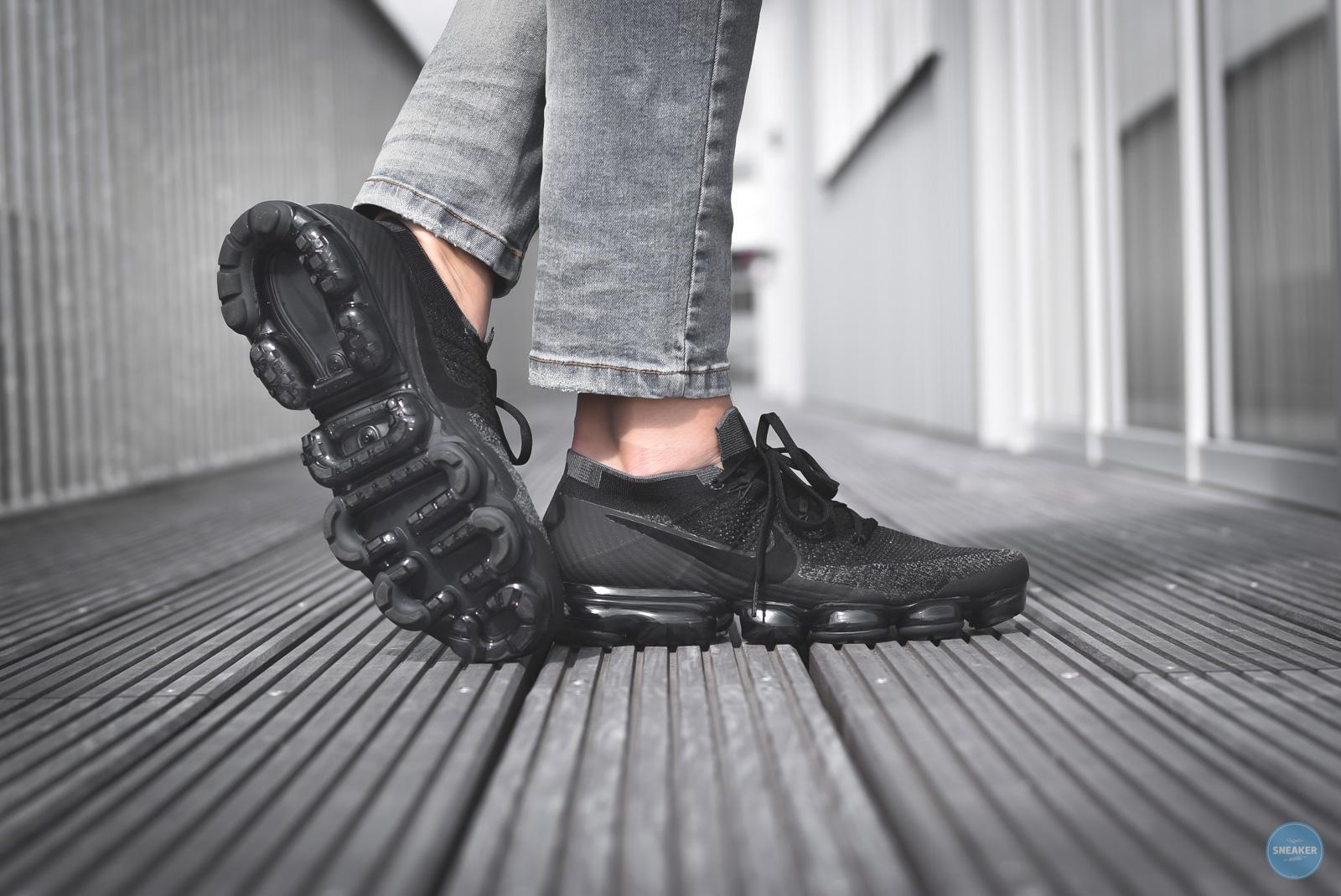 d58c76f14b Black Nike Air Flyknit Triple On Vapormax Crop Feet Biological qq4IwO
