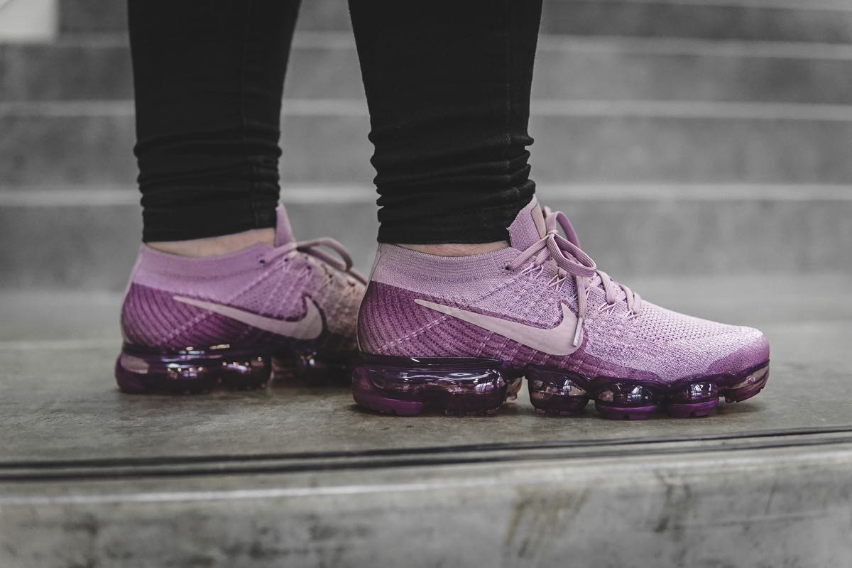 "On Feet | Nike WMNS Air Vapormax Flyknit ""Plum Fog"""