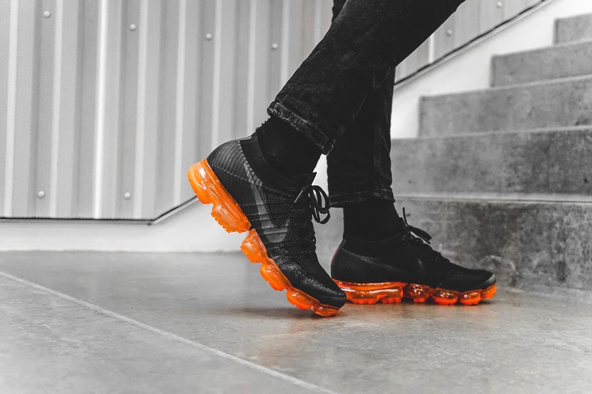 "On Feet   Nike Air VaporMax Flyknit ""Black Pop"""