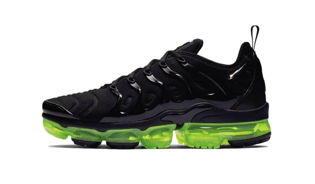"Nike Air Vapormax Plus ""Black/Volt"""