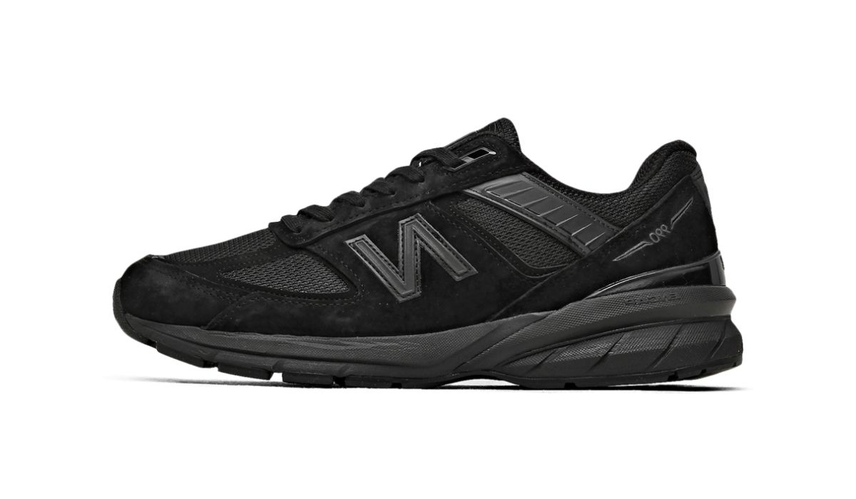 "New Balance 990v5 ""All Black"""
