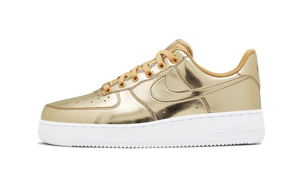 "Nike WMNS Air Force 1 SP Metal Liquid ""Gold"""