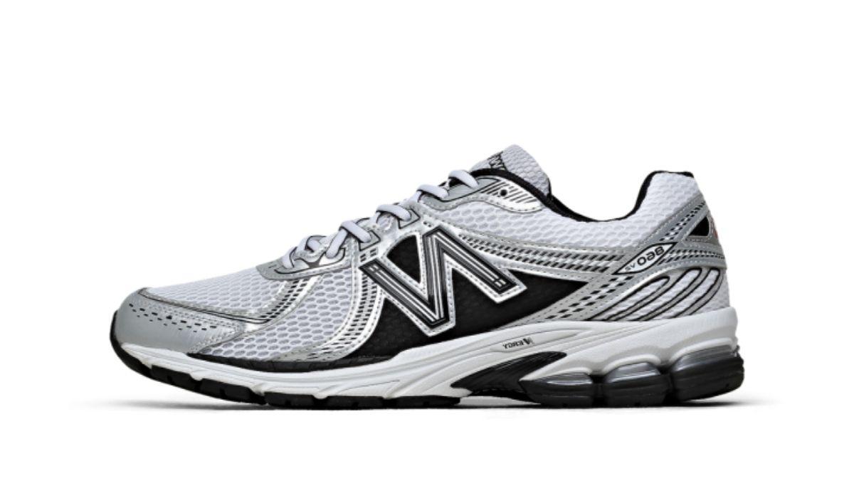 New Balance 860 Grey