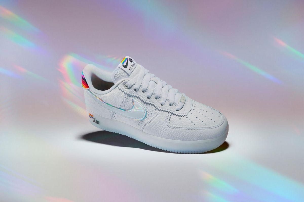 Kom tæt på skoene i dette Årets Nike BETRUE-kollektion
